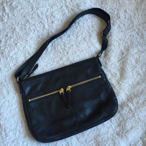 FOSSIL Black Genuine Leather Crossbody Bag NEW